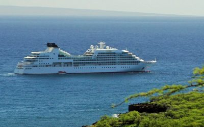 Mainstream and Luxury Cruising – An Unlikely Marriage